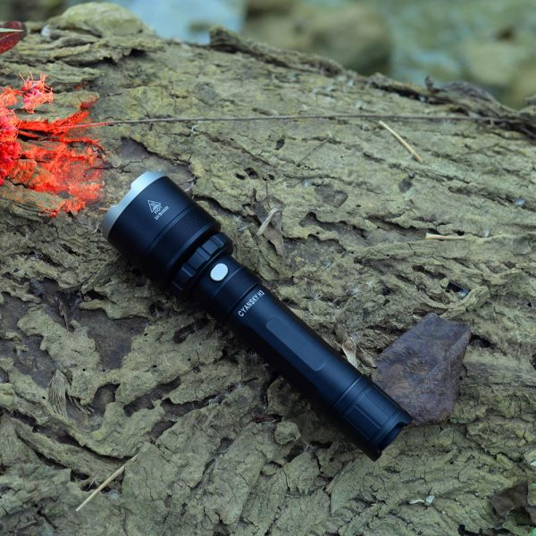 predator hunting flashlight, predator lights for coyotes, easy carrying hunting flashlight